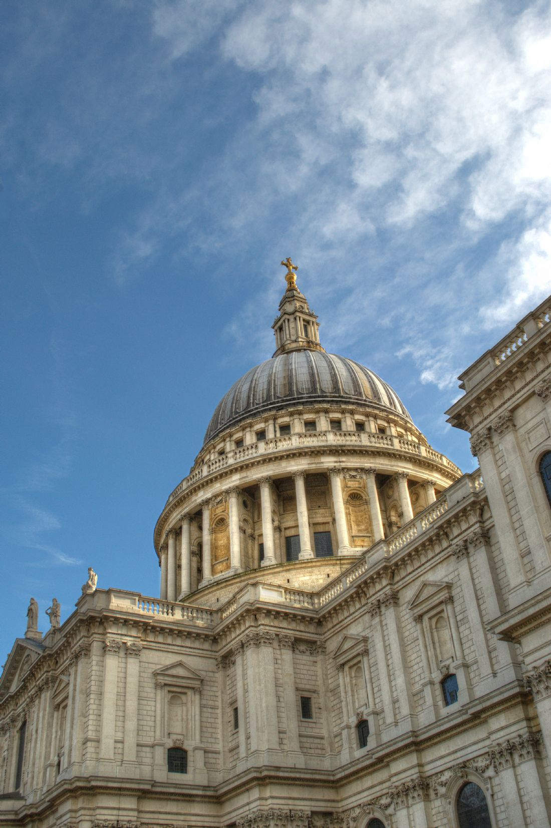 Chris Day | St Pauls Cathedral Points away towards the Heavens