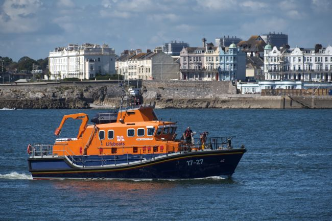 Chris Day | RNLB Volunteer Spirit entering Cattewater