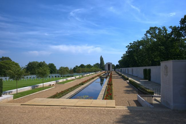 Chris Day | American Cemetery Cambridge