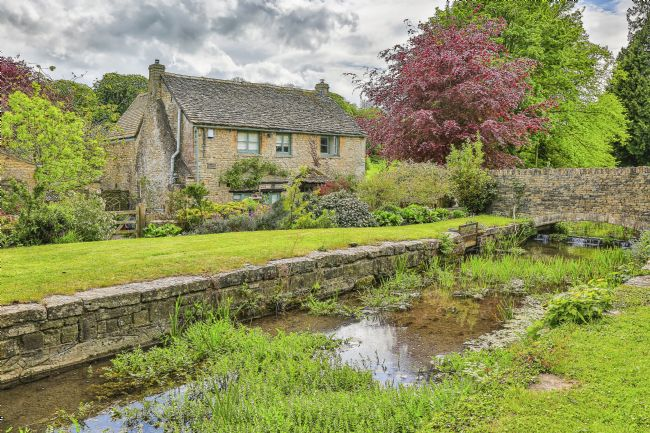 pauline tims | Cottage near Chedworth, Gloucestershire, Uk