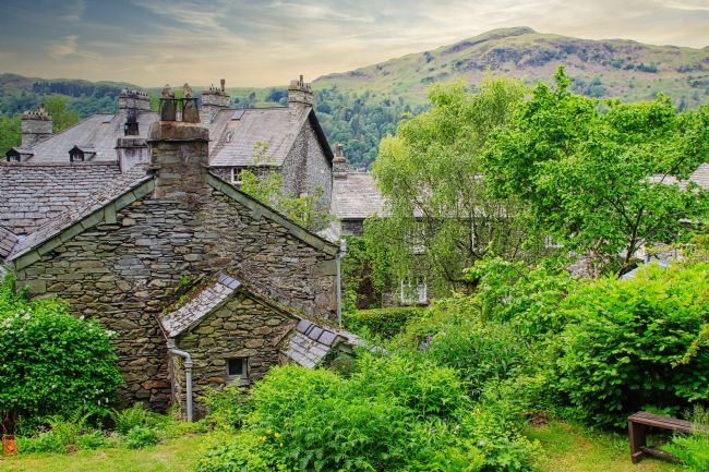 Pauline  Tims | Stone Cottages in Ambleside UK