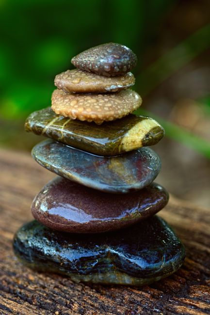 Kaye Menner | Zen Art Balance Wet Rocks