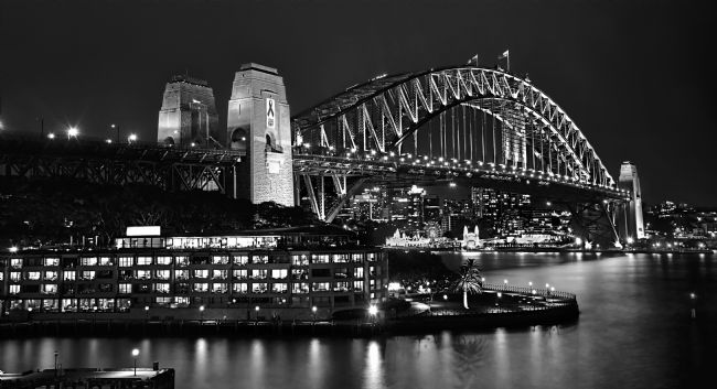 Kaye Menner | Beautiful Sydney Harbour In Black And White