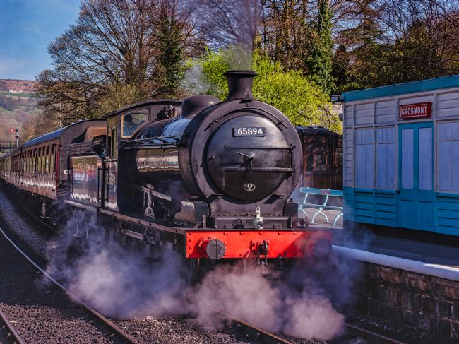 David Hollingworth | Grosmont Arrival