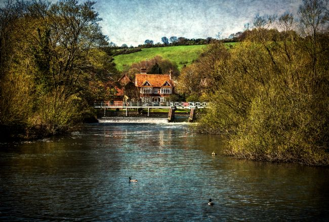 Ian Lewis | Over The Thames To Streatley