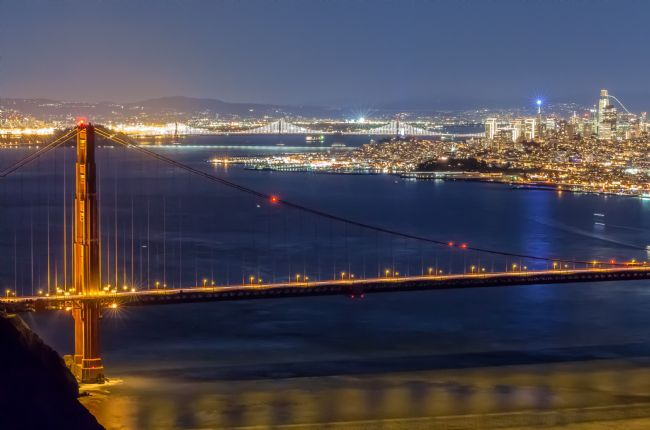 jonathan nguyen | SF golden gate at nighttime