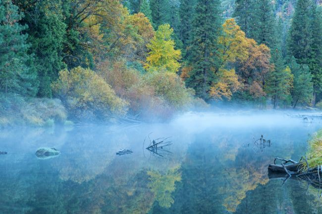 jonathan nguyen | mist over merced river