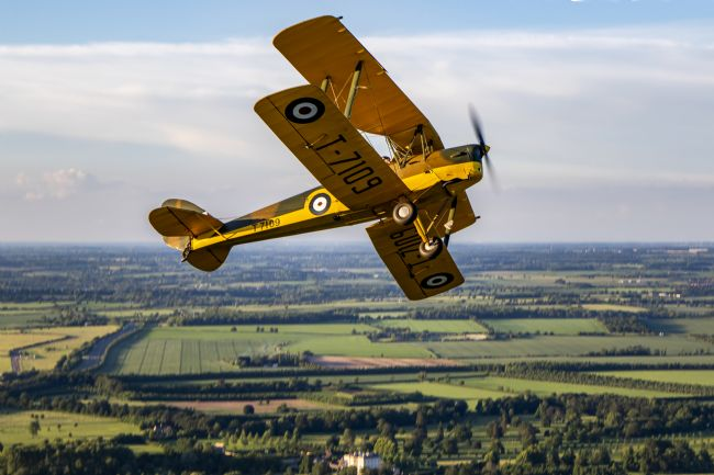 Ken Brannen | Tiger Moth break