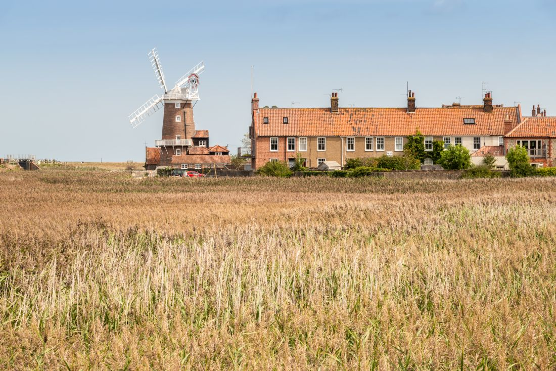 Stephen Mole | Cley Windmill and Cottages