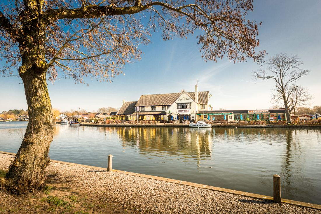 Stephen Mole | Ferry Inn Horning