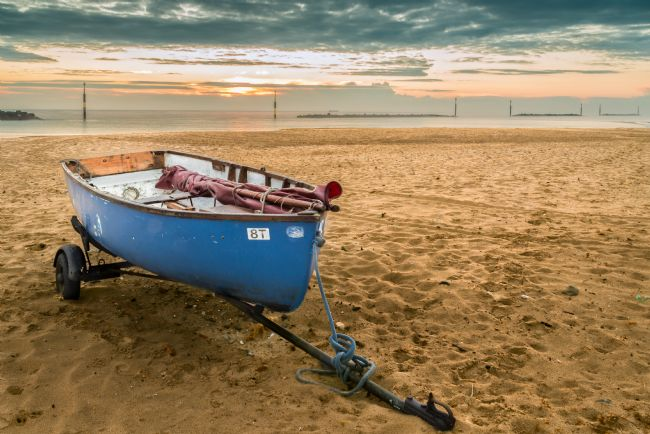 Stephen Mole | Boat at Sea Palling