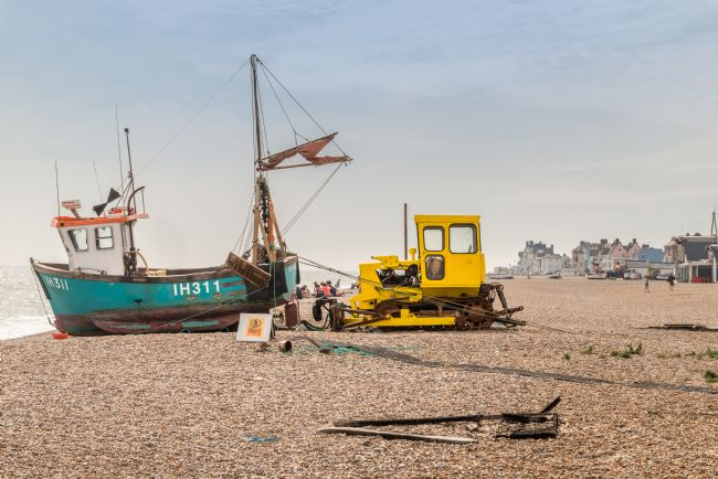 Stephen Mole | Fishing boat at Aldeburgh
