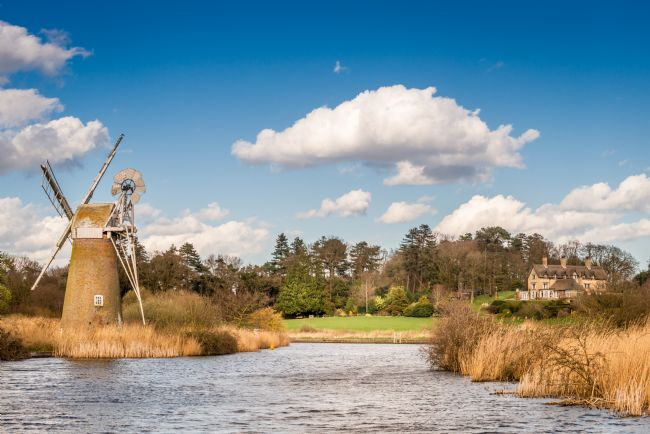 Stephen Mole | How Hill House and Turf Fen Windmill