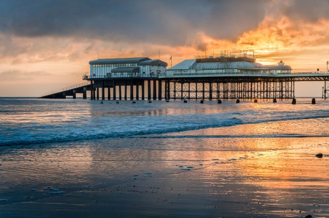 Stephen Mole | Cromer Pier at Sunrise