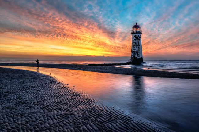 adrian evans | Lighthouse Sunset