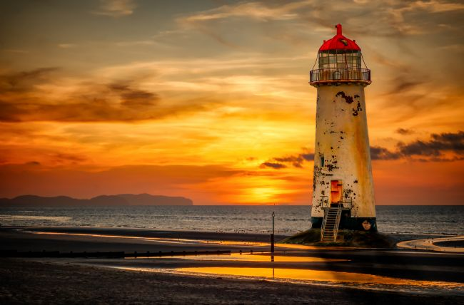 adrian evans | Sunset At The Lighthouse
