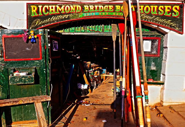 Roz Collins | Richmond Bridge Boathouse