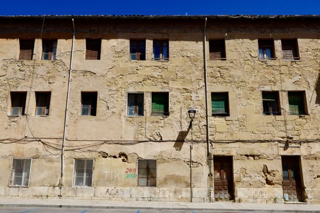 Roz Collins | Period Building Haro, Northern Spain