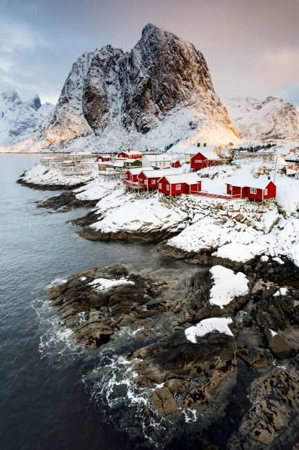 Richard Burdon | Life On The Edge, Hamnoy