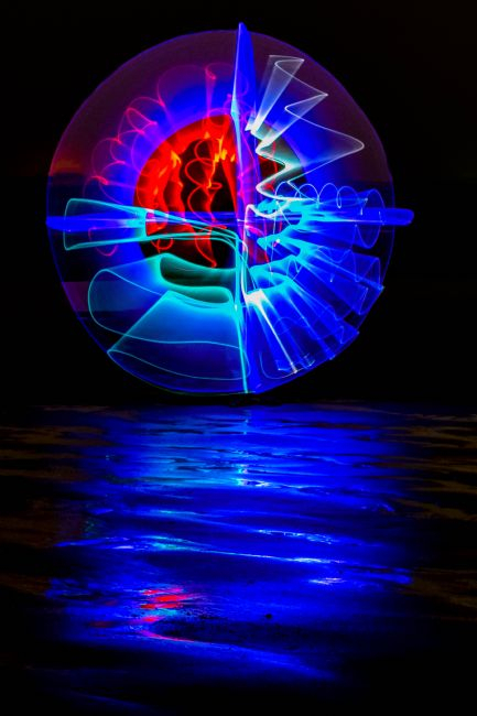 John Stoves | Light Painting on a Beach 01