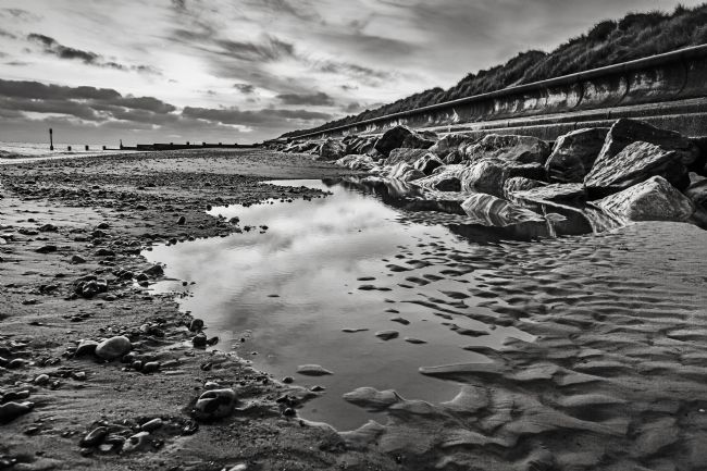 Paul Macro | Mono Sunrise at Cart Gap Happisburgh