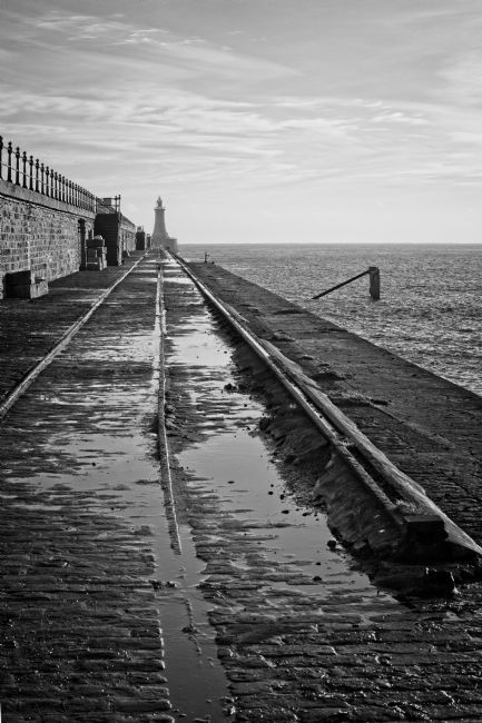 George Davidson | North Pier - Mono
