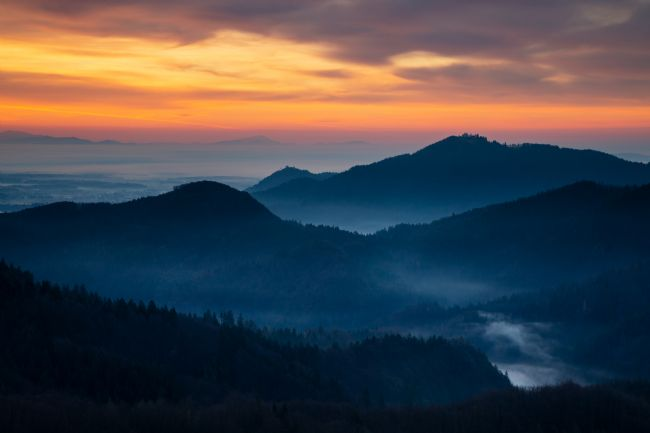 Ian Middleton | Sunrise view across to Sv Jost from the Jamnik Hills
