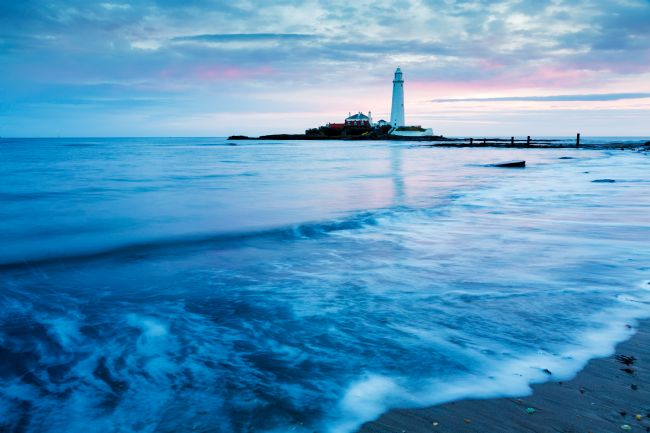 Ian Middleton | Saint Mary's Lighthouse at Whitley Bay