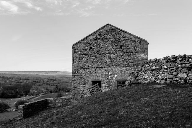 Mike Carroll | Wensleydale Barn B&W
