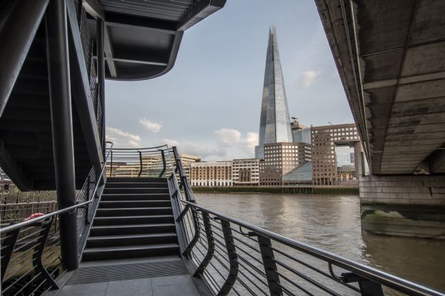 Mike Carroll | The Shard from the steps to London Bridge