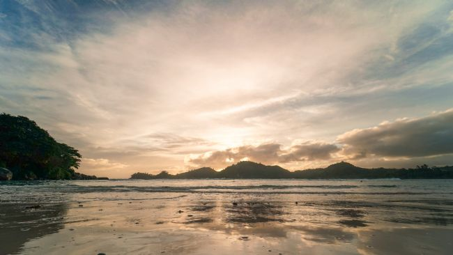 Mark Stinchon | Sunset Reflections Seychelles