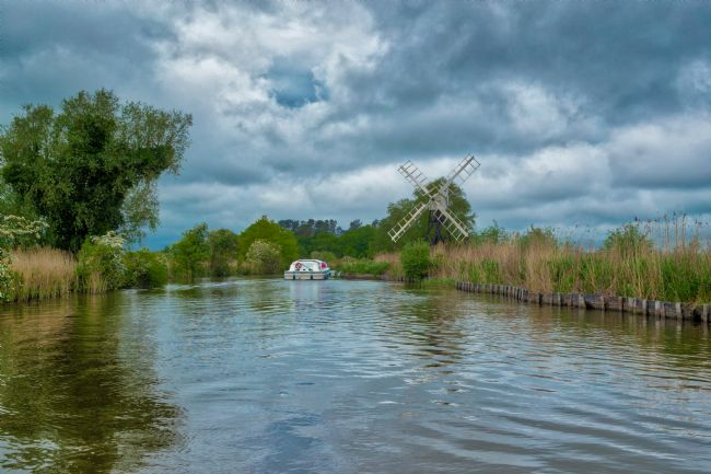 Tom Dolezal | Windmill on the River Ant