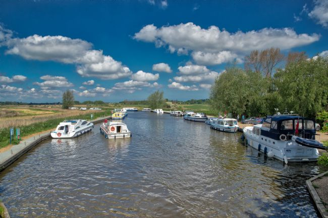Tom Dolezal | Ludham Bridge boats