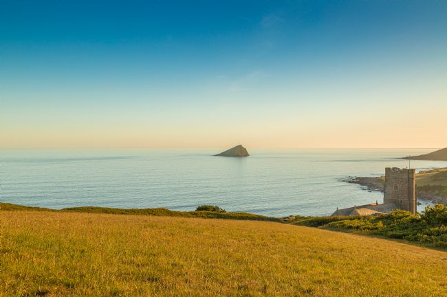 Jon Lines | Wembury and The Great Mew Stone at Sunset