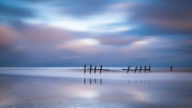 David Powley | Happisburgh Beach at dawn