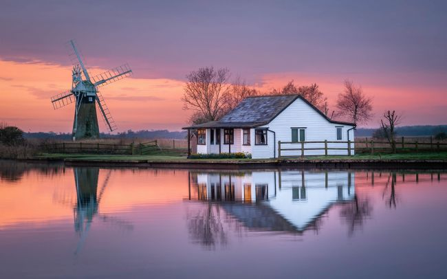 David powley | Dawn reflections on the Norfolk Broads