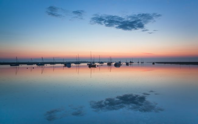 David Powley | Misty dawn at Brancaster Staithe