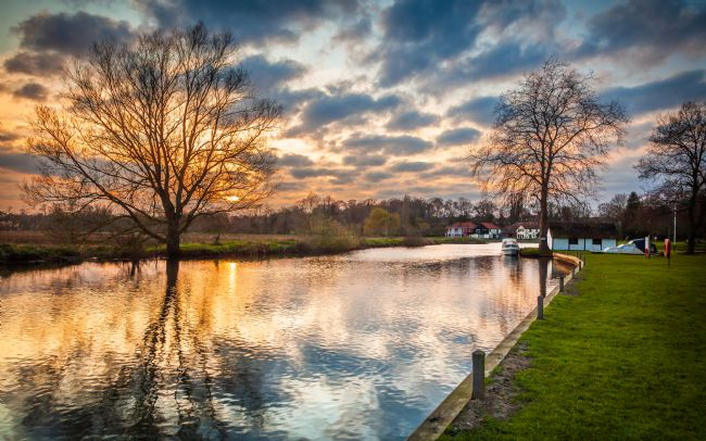 David Powley | Sunset over the river at Coltishall