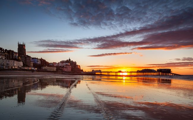 David Powley | Low tide sunset on Cromer beach