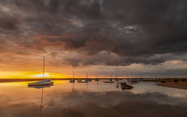 David Powley | Sunset under the clouds at Blakeney