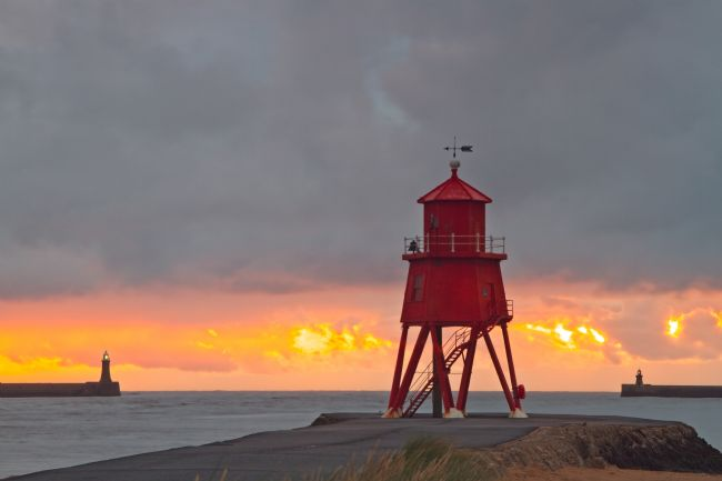 Rob Cole | Groyne Lighthouse Sunrise, South Shields