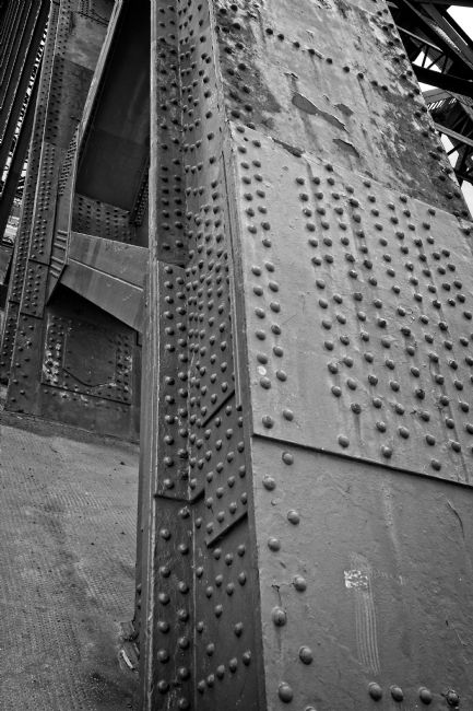 Rob Cole | Tyne Bridge Rivets