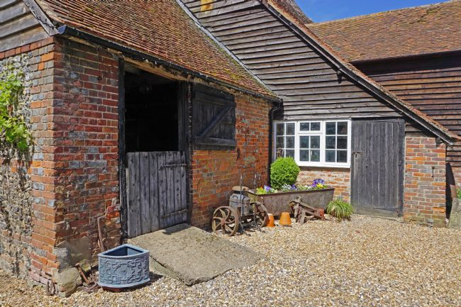 Chris Langley | Cute Corner on an Oxfordshire Farm