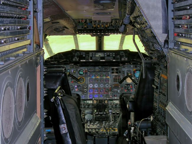 Chris Langley | BAC Concorde 101 pre-production Flight Deck