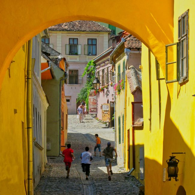 Chris Langley | Strada Cositorarilor, Sighisoara, Romania