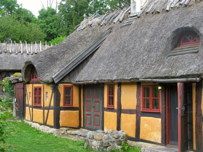 Chris Langley | Skåne-style Thatch at Alunbruket, Sweden #1