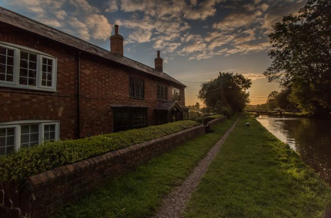 Jacovos Jacovou | Long Buckby wharf sunrise