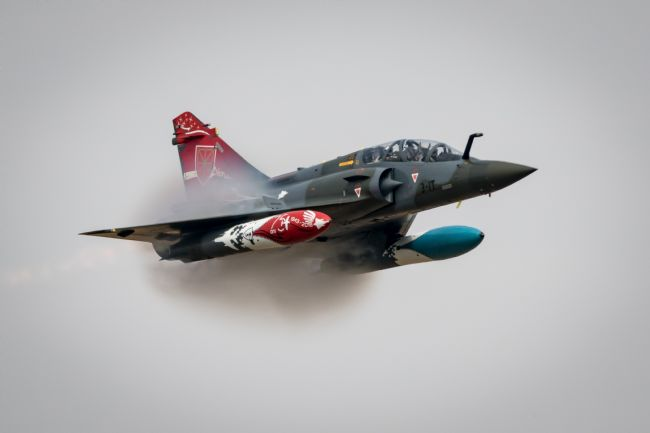 James Biggadike | Couteau Delta Mirage 2000