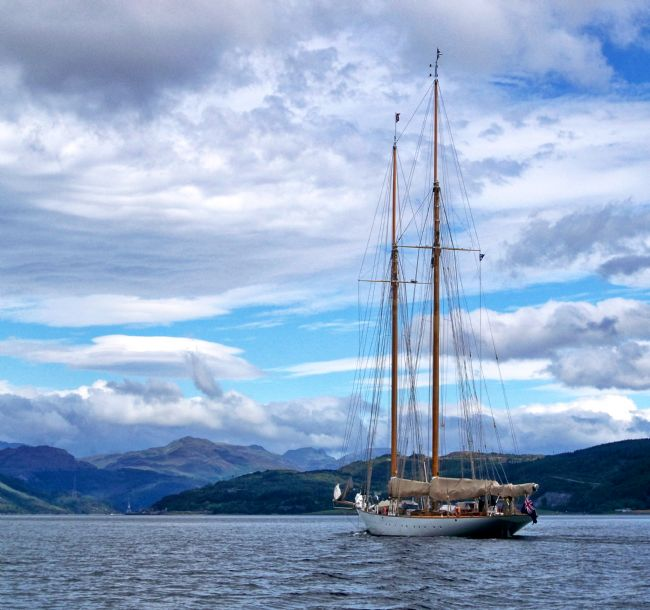 Lynn Bolt | Sailing on Loch Long Argyll Scotland